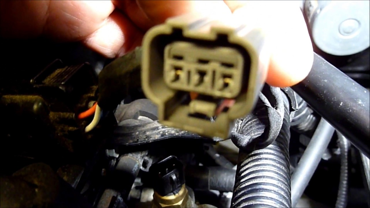 ECT Engine Coolant Water Sensor Location & testing Hyundai i30 MK2 G4FA  engine in Hd