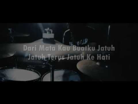 Jeje GuitarAddict - dari mata (Cover) lyrics