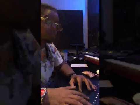 Chopsquad DJ Cookin Up for Lil Durk