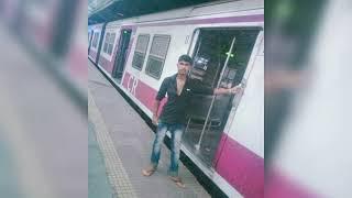 Jo Bhi Aaya Samne usko Jiyenge aur Marenge Hum Din Ka Jhanda gadenge