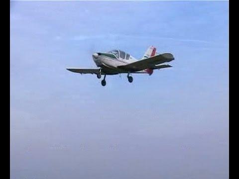 Šlep jedrilice: Utva 75 i Blanik / Glider towing: Utva 75 & Blanik - takeoffs and landings - Serbia