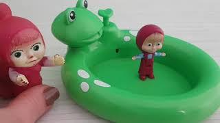 Masha Kurbağalı Havuzda Oynuyor Çizgi Film İzle