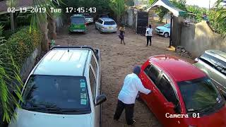 Car thieves caught on camera in parking lot