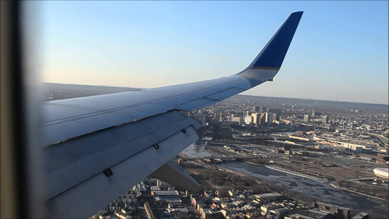 United Airlines 737 900 N35407 Cabin View Landing At EWR