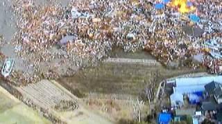 津波 車が飲まれるー! 逃げ回る車 東北地方太平洋沖地震