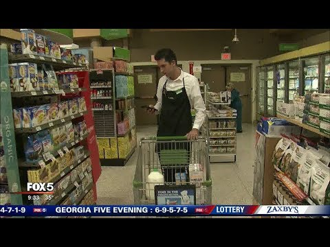 3 Grocery Stores Now Offer Curbside Pickup