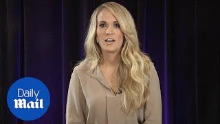 Carrie Underwood does a fake accent and talks favorite meal - Daily Mail