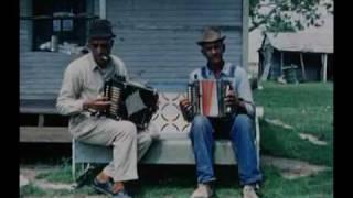 Opening credits of Dedans le Sud de la Louisiane