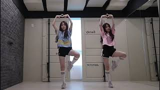 Bản sao của MIRROR PRODUCE 48  PICK ME(내꺼야) dance cover by Sandy&Mandy 1