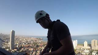 Промышленный альпинизм в израиле.120 метров.или как не стоит резать веревку)))