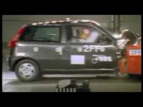crash test fiat punto 1997 youtube. Black Bedroom Furniture Sets. Home Design Ideas