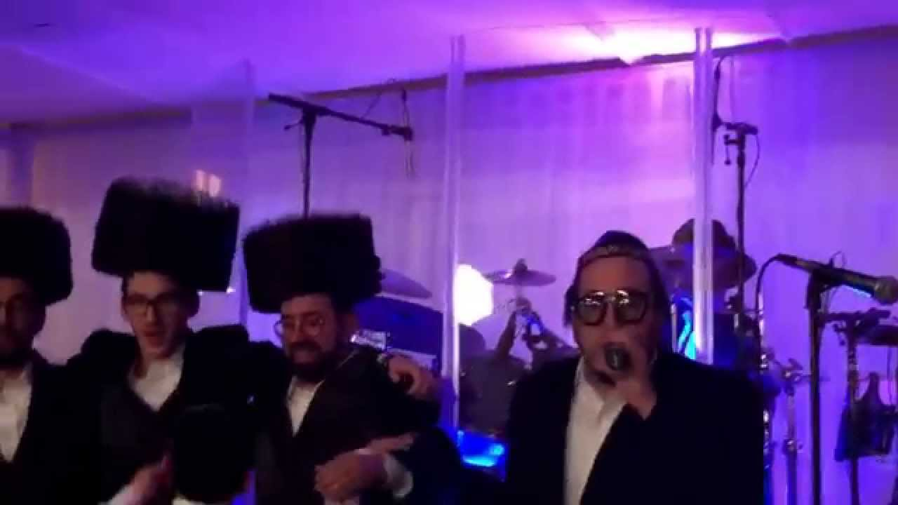 Lipa Schmeltzer Singing Breslev Hit Song רבינו נחמן בן פייגא Composed by Meir Rosenberg
