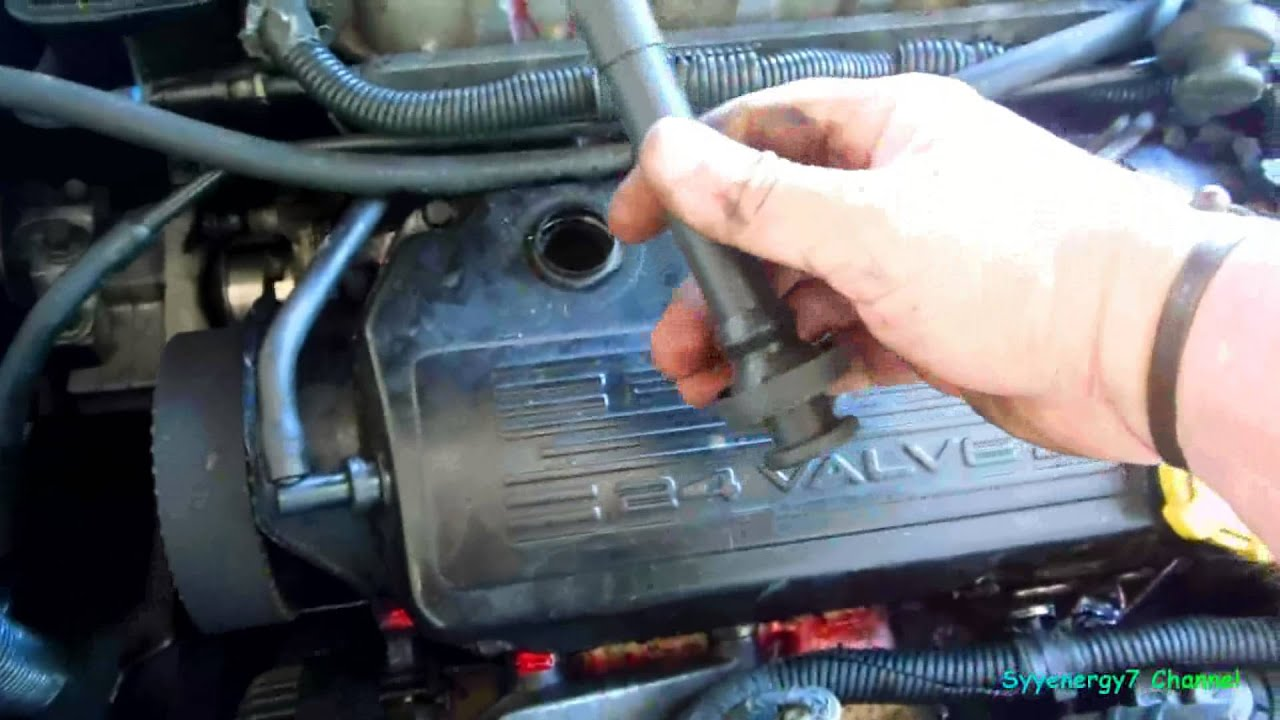 Chrysler Sebring Valve Cover Re Seal Youtube