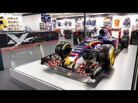 Scuderia Toro Rosso STR10 in Max Verstappen store, Swalmen, 17/10/2017