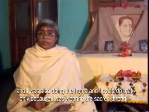 Br Geetadi talks about how she came to Ma Anandamayi, and her life.