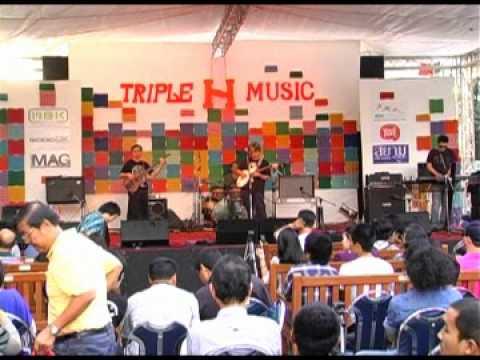 เพลงแจ๊ส อ จิรพรรณ อังศวานนท์1   ภาพงานคอนเสิร์ต ดนตรีมีพลัง วันที่ 21 ส ค