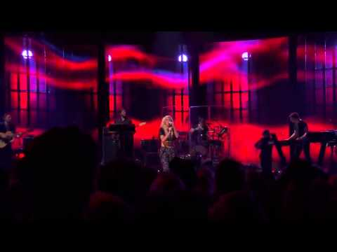 Ellie Goulding - Under The Sheets (Live at iTunes Festival 2013)