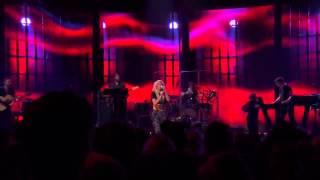 Ellie Goulding Under The Sheets Live At ITunes Festival 2013