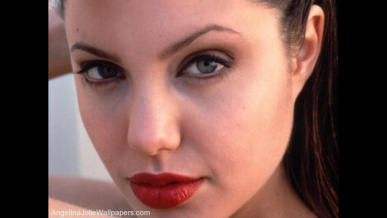 jolie lips Angelina
