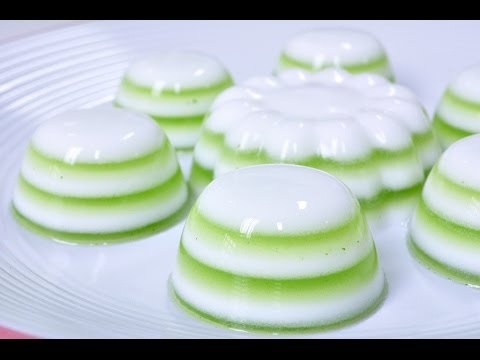 Thai Dessert – Coconut Milk and Pandan Jelly (Woon Ka Ti Bai Toey)
