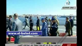 بالفيديو.. الرئيس السيسي يرفع علم مصر على الفرقاطة 'تحيا مصر' إيذانا بدخولها الخدمة بالقوات البحرية