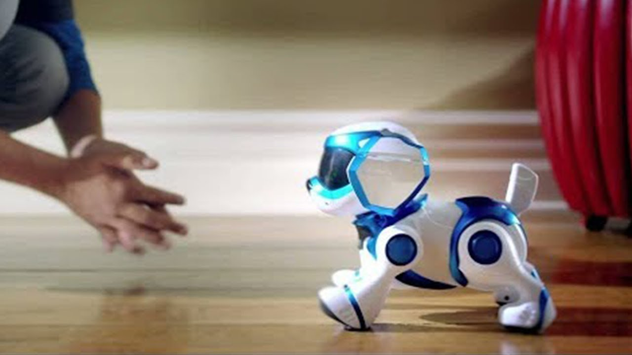 Robot Guide Premiers în Shopping Mall din Spania (video)