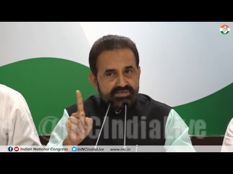AICC Press Briefing By Shaktisinh Gohil at Congress HQ on Gujarat Exodus.