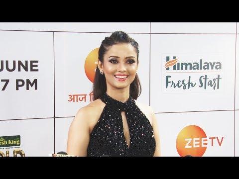 Adaa Khan At GOLD Awards 2018 Red Carpet thumbnail