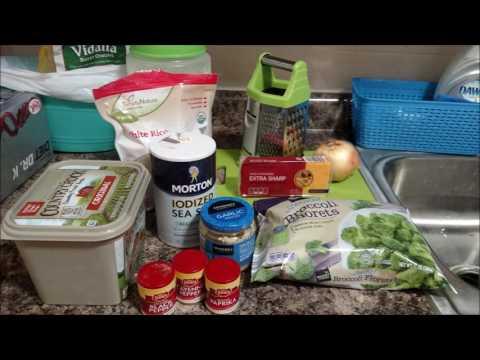 Tasty Cheesy Broccoli Rice Casserole