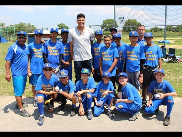 "Dellin Betances reflects on surprising his former baseball league on ""The Hook-Up"""