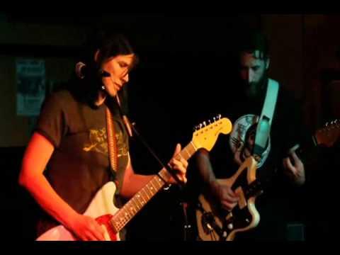 R. Ring - scary - live at beachland - cleveland ohio 5/10/12 - YouTube