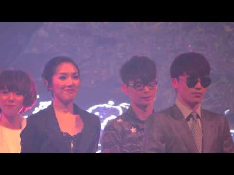 【BigbangTime】[hd]140328 Seungri (BIGBANG) - HKAMF opening weaving to VIP & taking off sunglasses