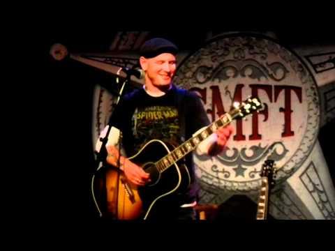 Corey Taylor Soundcheck - JG Wentworth jingle & Wonderful Tonight Live Acoustic Orlando