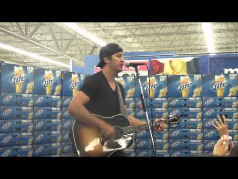 Indiana 105 & Miller Lite Present: Luke Bryan - Country Girl (Shake It For Me) (Valpo Walmart)
