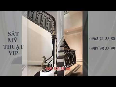 Thi công cầu thang sắt mỹ thuật - Mặt bậc gỗ tại Steak Tây Hồ - Hà Nội