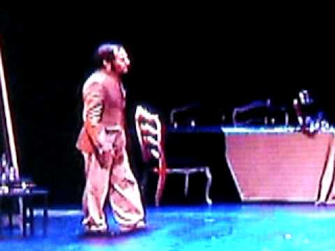 Enrique carmona rey tres hermanas escena con irina teatro for Teatro de la laboral