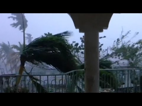 Hurricane Matthew reaches the Bahamas