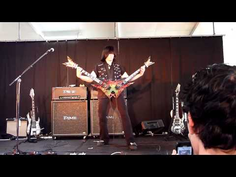 Micheal Angelo Batio at Brisbane Guitar, Amp & Vintage Show 2011