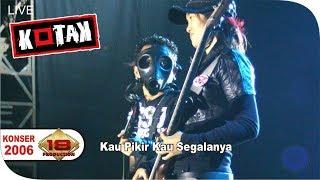 Download lagu KONSER - KOTAK - KEREN...!!! BASSIS JADI PERHATIAN RIBUAN PENONTON (LIVE AMURANG 2006)