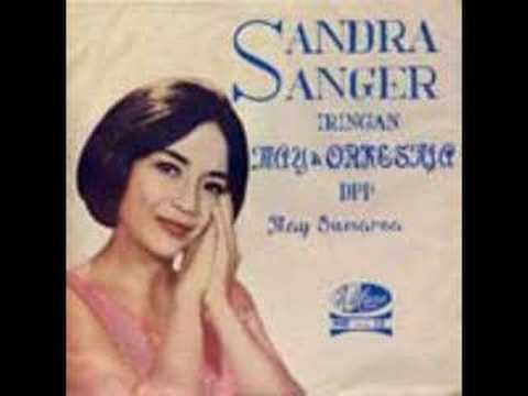 Ayo Mama SANDRA SANGER