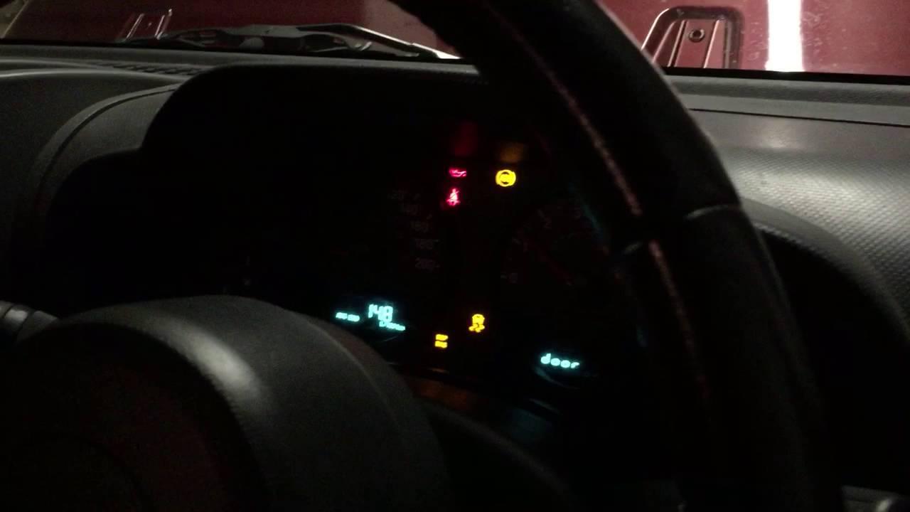 Jeep JK Wrangler 3.8L 2009 Low Oil Engine Noise & Jeep JK Wrangler 3.8L 2009 Low Oil Engine Noise - YouTube