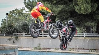 Paintball on Motorcycles - Stunt vs Trial riders !