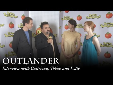 Outlander   with Caitriona Balfe, Tobias Menzies and Lotte Verbeek at Comic Con