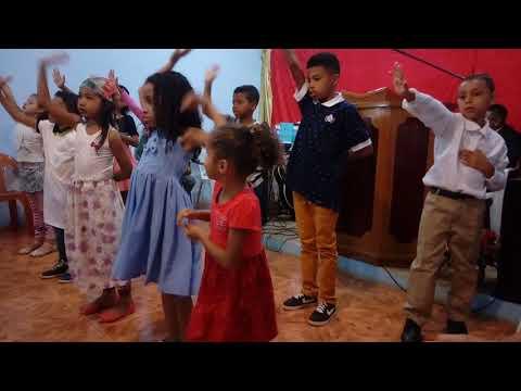 coreografia infantil deixa eu te usar