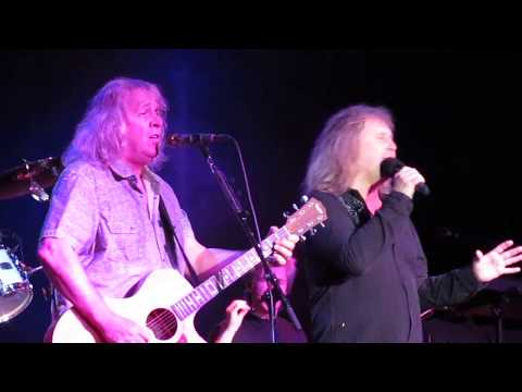 Kansas- Dust in the Wind (May 27, 2018- Snoqualmie Casino) Mp3