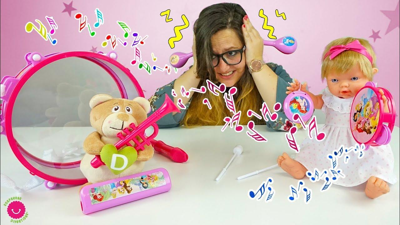 Jugamos a Tocar 🎶Instrumentos de Juguete de las Princesas Disney con Neala y Darwin