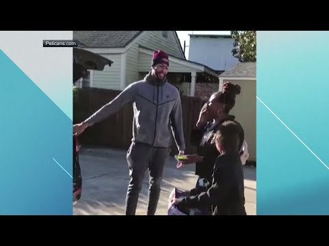 Anthony Davis surprises family with a car | ESPN