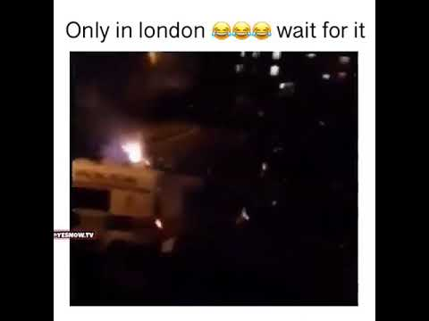 Lisson Grove Mob Attacking Police With Fireworks!