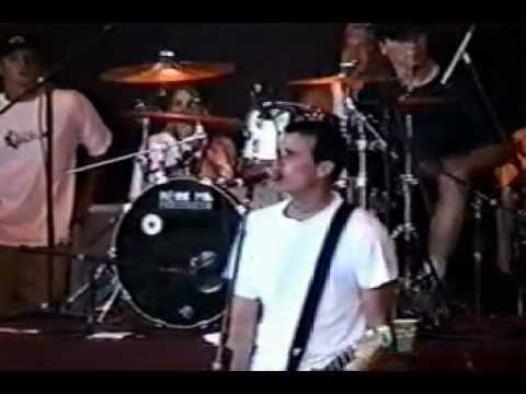 Blink-182 - Carousel (live @ Pompano Beach 02/08/97)