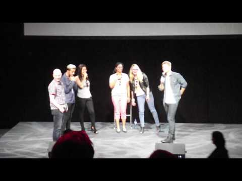 Rick Cosnett Dancing With Fans At ARCCON